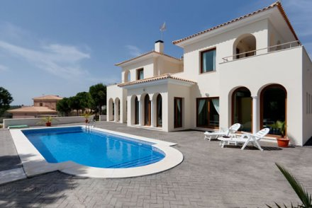Villas For Sale In Arboleas Spain